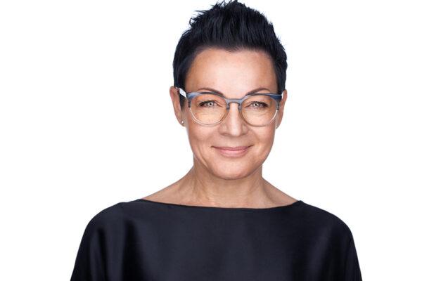 avitaria Gründerin und Inhaberin Corinna Körner steht für Personalvermittlung mit Empathie